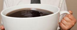 Caffè in tazza enorme