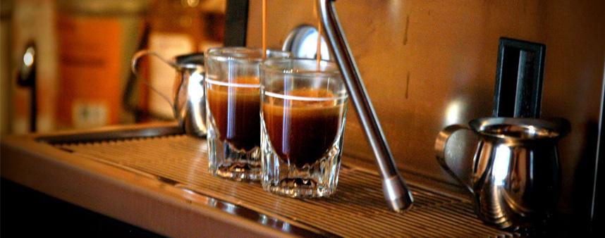 Caffè espresso al bar